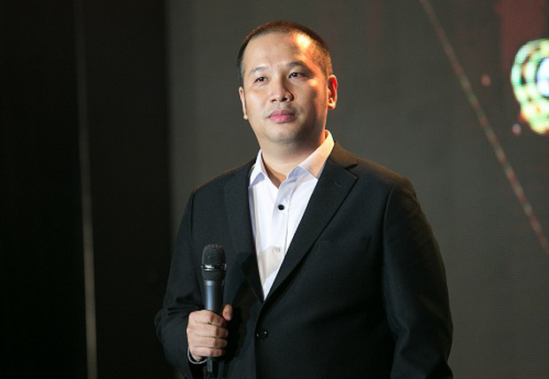 Vbiz vừa có thêm 1 màn lột xác ngoạn mục: Ông bầu Quang Huy giảm tận 32 kg, vẻ ngoài khác lạ đến cả dàn sao Vbiz không nhận ra - Ảnh 7.