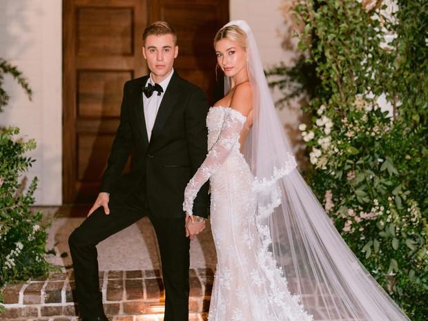 """Chuyện tình Justin Bieber và Hailey: Fangirl cuồng Jelena thành chính thất, cưới luôn """"Hoàng tử nhạc Pop"""" và bức hình tiên tri gây sốt - Ảnh 18."""