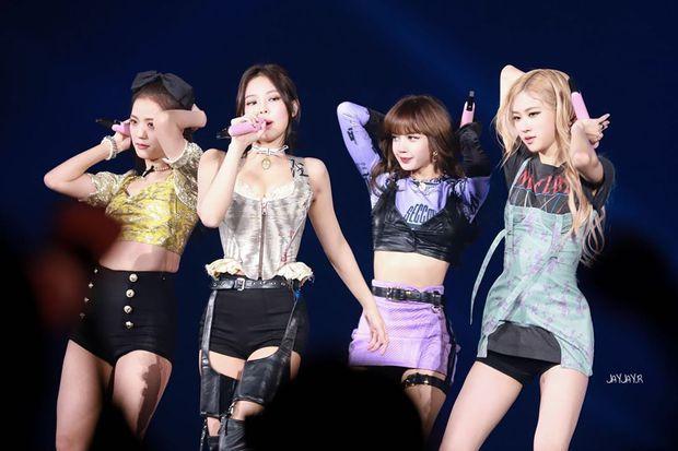 Từ thời Lee Hyori đến giờ mới có 1 nữ idol hạng A khoe vòng 1 ngồn ngộn mà không bị ném đá: Nữ hoàng sexy mới của Kpop đây? - Ảnh 3.