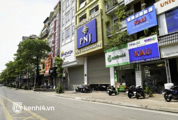 Chủ quán ăn ở Hà Nội trước giờ đóng cửa: 20 năm chưa từng gặp khó khăn như dịch bệnh lần này, càng bán càng lỗ - Ảnh 11.
