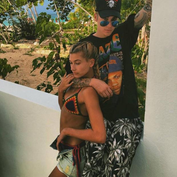 """Chuyện tình Justin Bieber và Hailey: Fangirl cuồng Jelena thành chính thất, cưới luôn """"Hoàng tử nhạc Pop"""" và bức hình tiên tri gây sốt - Ảnh 8."""