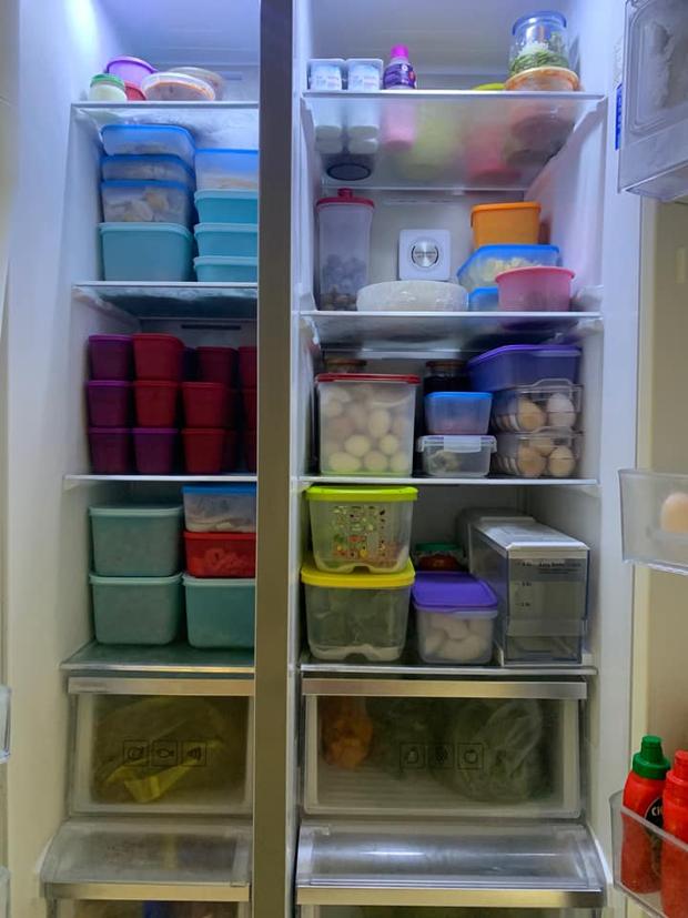 Hội chị em mê bếp nô nức khoe tủ lạnh mùa dịch: Nhiều người sở hữu BST hộp đựng khủng, có chiếc tủ bé xinh nhưng cực sáng tạo - Ảnh 3.