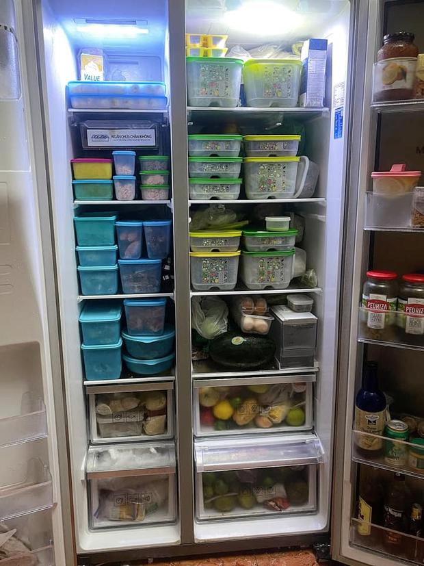 Hội chị em mê bếp nô nức khoe tủ lạnh mùa dịch: Nhiều người sở hữu BST hộp đựng khủng, có chiếc tủ bé xinh nhưng cực sáng tạo - Ảnh 4.