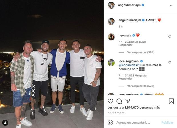 """Di Maria tiết lộ về bức ảnh """"nhạy cảm"""" chụp cùng Messi vừa gây xôn xao dư luận - Ảnh 1."""