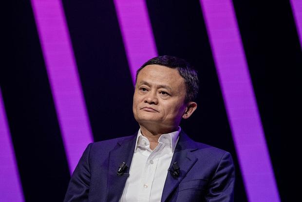 Bí ẩn bên trong trường doanh nhân toàn tinh hoa Jack Ma từng làm hiệu trưởng: Tỷ lệ trúng tuyển còn cao hơn Harvard, phỏng vấn siêu hack não, có cả bài tập về nhà - Ảnh 1.