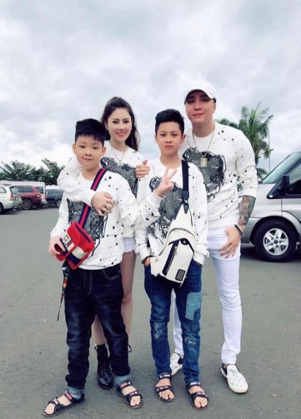 Lâm Chấn Khang bất ngờ công khai diện mạo con gái sau 2 năm giấu kín, dào sao Việt vỡ oà chúc mừng - Ảnh 7.