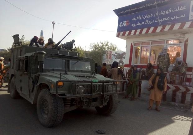 1 tuần dưới sự cai trị của Taliban: Chuyện xảy ra ở thành phố này có thể dự báo tương lai sắp tới của người Afghanistan - Ảnh 2.