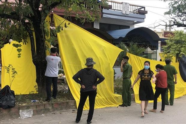 Vụ cháy, nổ khiến 4 người trong gia đình thiệt mạng: Tạm giữ người cha  - Ảnh 1.
