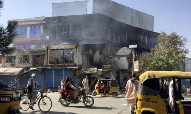 1 tuần dưới sự cai trị của Taliban: Chuyện xảy ra ở thành phố này có thể dự báo tương lai sắp tới của người Afghanistan - Ảnh 4.