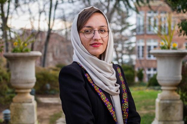 Lời tuyên bố trong vô vọng của Nữ thị trưởng ở Afghanistan: Taliban sẽ đến giết tôi và những người như tôi - Ảnh 1.