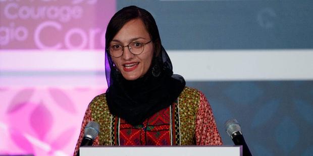 Lời tuyên bố trong vô vọng của Nữ thị trưởng ở Afghanistan: Taliban sẽ đến giết tôi và những người như tôi - Ảnh 2.