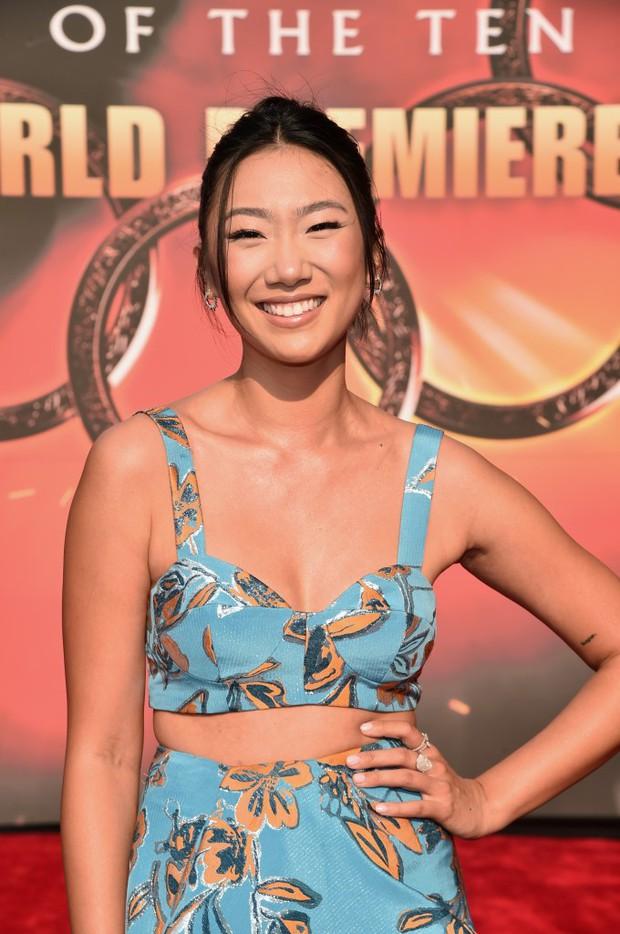 Thảm đỏ bom tấn Marvel Shang-Chi: Hoa hậu TVB bị hot TikToker hở bạo chặt đẹp, Mark Tuan (GOT7) át cả nam chính và dàn siêu sao - Ảnh 31.