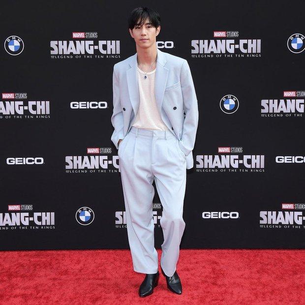 Thảm đỏ bom tấn Marvel Shang-Chi: Hoa hậu TVB bị hot TikToker hở bạo chặt đẹp, Mark Tuan (GOT7) át cả nam chính và dàn siêu sao - Ảnh 14.