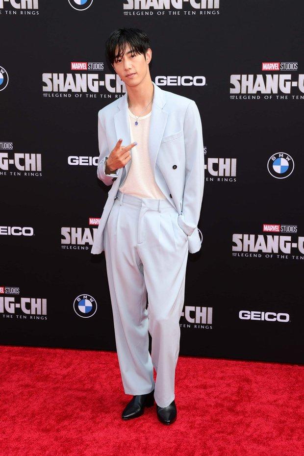 Thảm đỏ bom tấn Marvel Shang-Chi: Hoa hậu TVB bị hot TikToker hở bạo chặt đẹp, Mark Tuan (GOT7) át cả nam chính và dàn siêu sao - Ảnh 17.