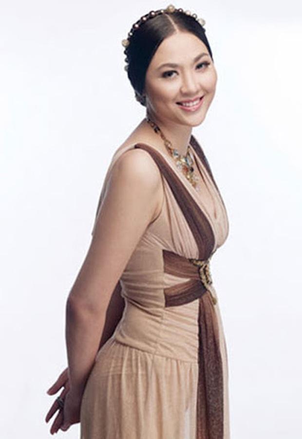 Biệt tăm khỏi showbiz sau khi chồng đi tù, cuộc sống của cô lọ lem bán bánh canh hóa Hoa hậu Việt Nam 2000 giờ ra sao? - Ảnh 5.