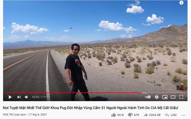 SỐC: Khoa Pug một mình đến nơi tuyệt mật nhất thế giới quay vlog, netizen xôn xao khi phát hiện có UFO xuất hiện trong video? - Ảnh 1.