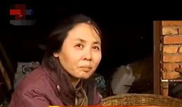 Cô sinh viên trẻ trung tự dưng cưới ông nông dân nghèo xơ xác, 17 năm sau sự thật mới được vạch trần - Ảnh 6.