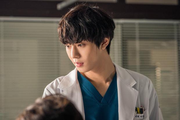 5 nam thần Hàn bỏ nghề idol để làm diễn viên: Ahn Hyo Seop thậm chí còn suýt debut cùng GOT7 - Ảnh 4.