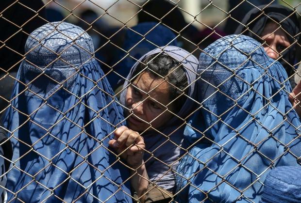 Hơn 20 nước ra tuyên bố chung về tình hình phụ nữ và trẻ em gái ở Afghanistan - Ảnh 1.