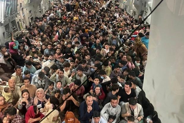 Philippines sẵn sàng tiếp nhận những người xin tị nạn từ Afghanistan - Ảnh 1.