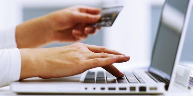 Một số biện pháp hỗ trợ của tổ chức tín dụng đối với khách hàng trong dịch bệnh Covid-19 - Ảnh 2.