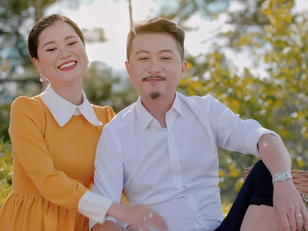 Nghĩ Hứa Minh Đạt đi chơi đêm với cô gái khác, Lâm Vỹ Dạ nổi máu ghen tuông đập vỡ luôn điện thoại của chồng - Ảnh 4.
