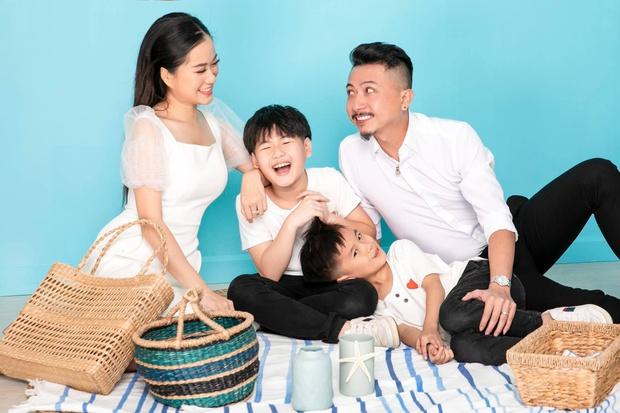 Nghĩ Hứa Minh Đạt đi chơi đêm với cô gái khác, Lâm Vỹ Dạ nổi máu ghen tuông đập vỡ luôn điện thoại của chồng - Ảnh 7.