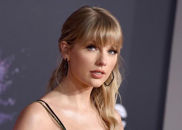 Hóa ra Taylor Swift đã cao tay tiên đoán kết quả 1 trận đấu Olympic từ 1 năm về trước trong MV của mình? - Ảnh 6.