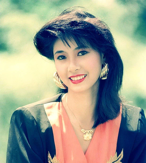 SIÊU HIẾM: Ảnh tạp chí và clip đăng quang của loạt Hoa hậu Việt Nam thập niên 80 - 90, kiểu tóc lẫn trang phục có lồng lộn như bây giờ? - Ảnh 10.