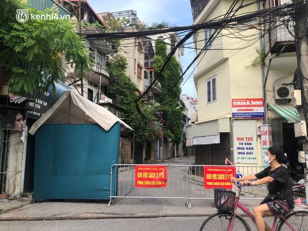 Hà Nội khẩn tìm người đến và giao dịch tại Công ty Thực phẩm ở Minh Khai sau khi ghi nhận 21 ca dương tính SARS-CoV-2 - Ảnh 1.
