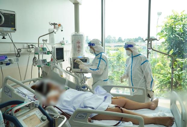Tâm sự xúc động của cascadeur mắc Covid-19 ở TP.HCM: Các y bác sĩ đã giành giật cho mình từng phút, từng giây, từng hơi thở... - Ảnh 1.