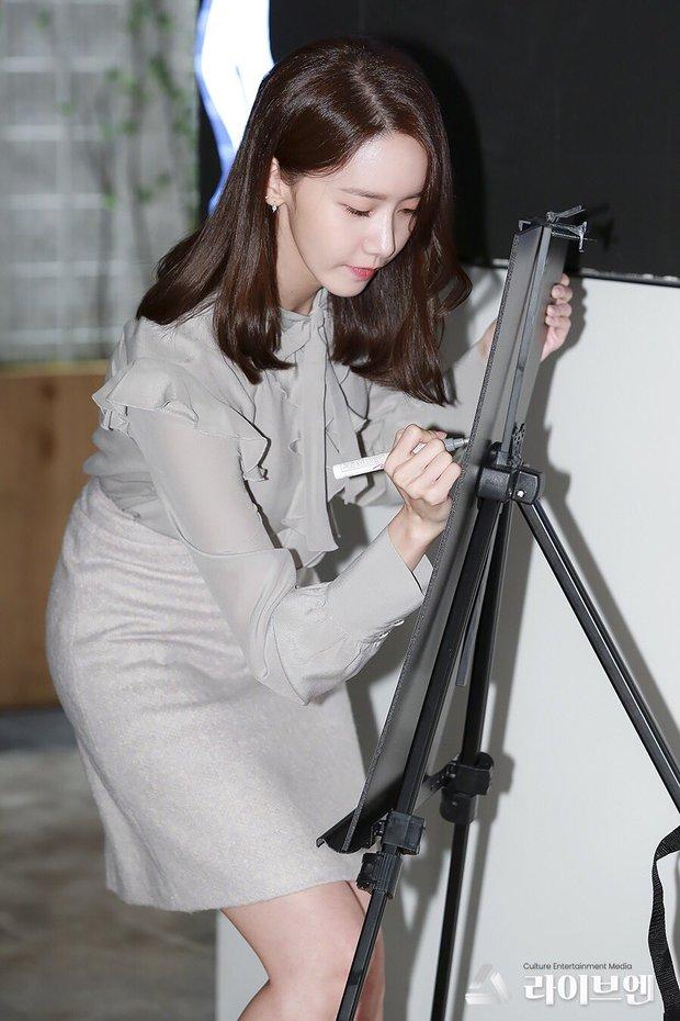 Xỉu ngang combo visual Yoona - Jung Hae In ở sự kiện cao cấp: Nữ thần SNSD như tiểu thư tài phiệt, tình tứ bất ngờ với tài tử cực phẩm - Ảnh 14.