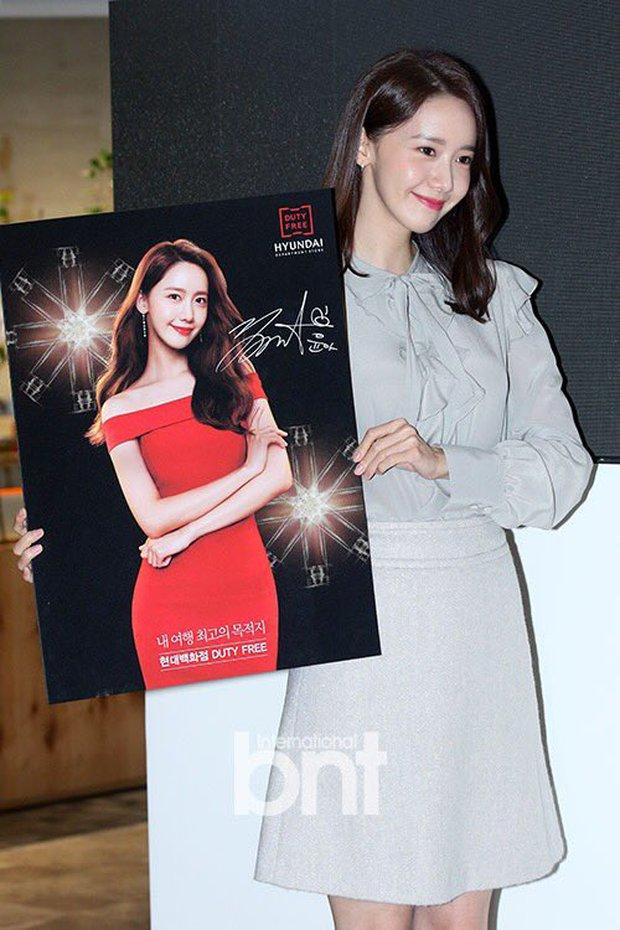 Xỉu ngang combo visual Yoona - Jung Hae In ở sự kiện cao cấp: Nữ thần SNSD như tiểu thư tài phiệt, tình tứ bất ngờ với tài tử cực phẩm - Ảnh 13.
