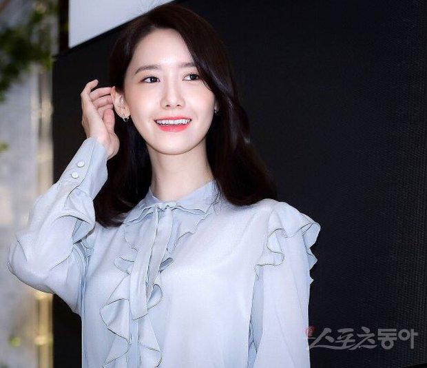 Xỉu ngang combo visual Yoona - Jung Hae In ở sự kiện cao cấp: Nữ thần SNSD như tiểu thư tài phiệt, tình tứ bất ngờ với tài tử cực phẩm - Ảnh 12.
