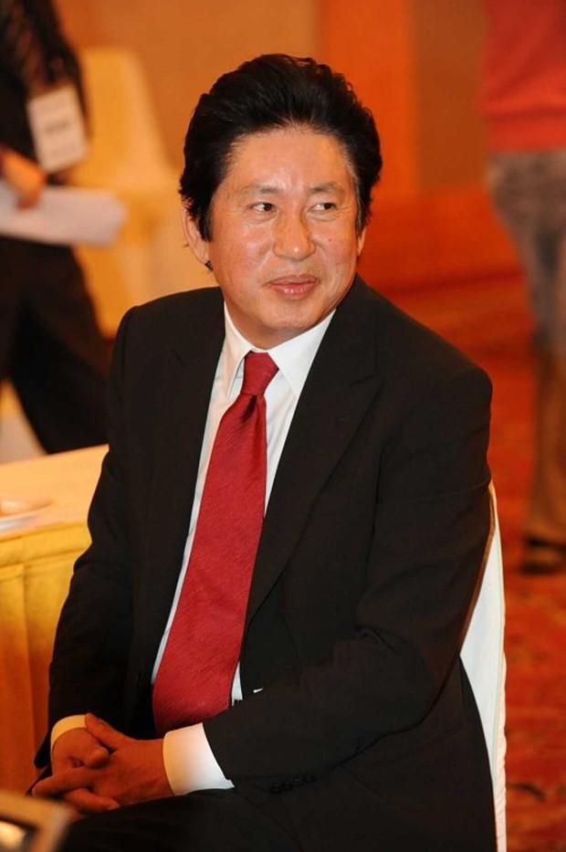 SỐC: Tài tử 76 tuổi của Sắc Đẹp Ngàn Cân - bố ruột Ha Jung Woo bị người tình bí mật kém 39 tuổi kiện vì ép phá thai - Ảnh 3.