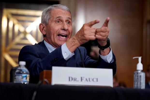 Tiến sĩ Fauci cảnh báo tình hình dịch bệnh Covid-19 tại Mỹ có thể sẽ tồi tệ hơn - Ảnh 1.