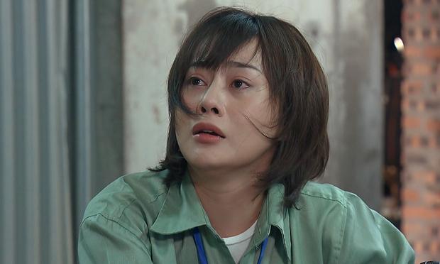 Phương Oanh (Hương Vị Tình Thân) tiếp tục rút khỏi đề cử VTV Awards, khóa cả bình luận để netizen khỏi phải bàn - Ảnh 3.