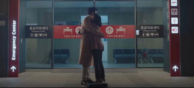 Tương lai 4 cặp đôi Hospital Playlist 2: Ik Jun - Song Hwa chắc kèo thoát ế, nhà Vườn Đông viên mãn nhưng cặp Bồ Câu liệu còn cơ hội? - Ảnh 17.