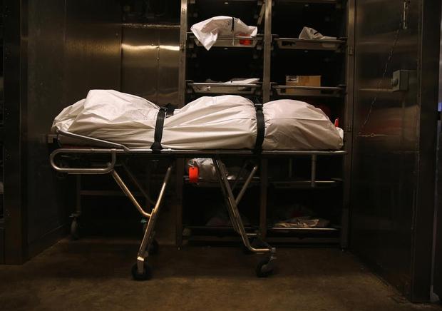 Từ chuyện nam sinh đột nhiên òa khóc rồi bỏ chạy khỏi lớp giải phẫu vì nhận ra xác bạn mình: Cả một sự thật đen tối phía sau được hé lộ - Ảnh 2.