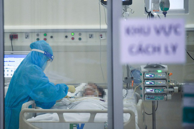 Bệnh viện tư nhân đề xuất nhập vắc xin COVID-19 chích dịch vụ - Ảnh 3.