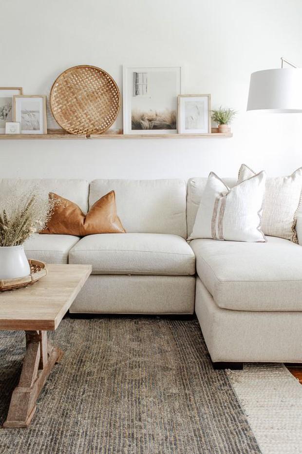 Kê ghế sofa trong phòng khách phải nhớ kỹ 5 điểm này để tránh cản bước thần tài, vận may đi mất - Ảnh 4.
