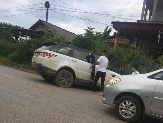 Giang hồ mạng Huấn Hoa Hồng lái xe Range Rover gặp nạn ở Yên Bái - Ảnh 2.