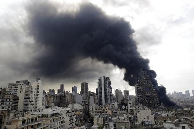 Một năm sau thảm họa ở cảng Beirut, những vết thương để lại vẫn chưa lành - Ảnh 6.