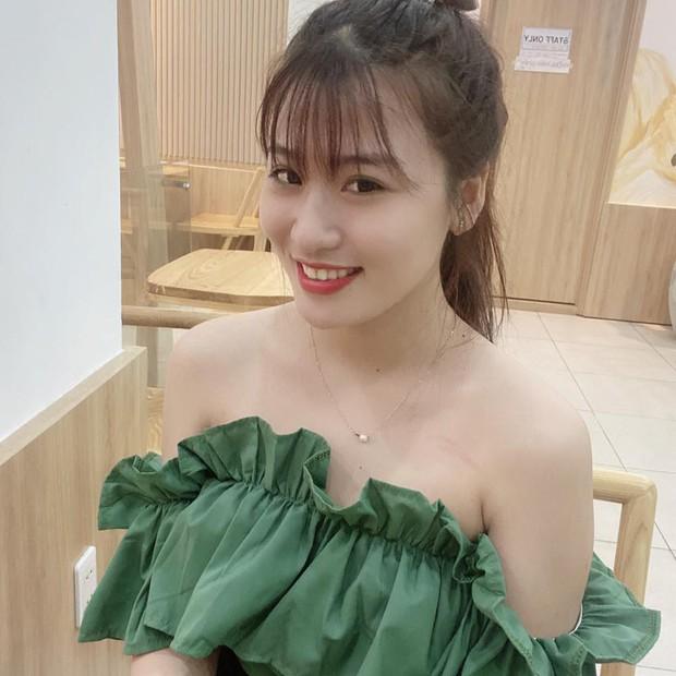 """Nhan sắc cô vợ xinh xắn của Lộc Fuho, như này bảo sao netizen cứ đòi tán """"vợ thầy"""" - Ảnh 2."""