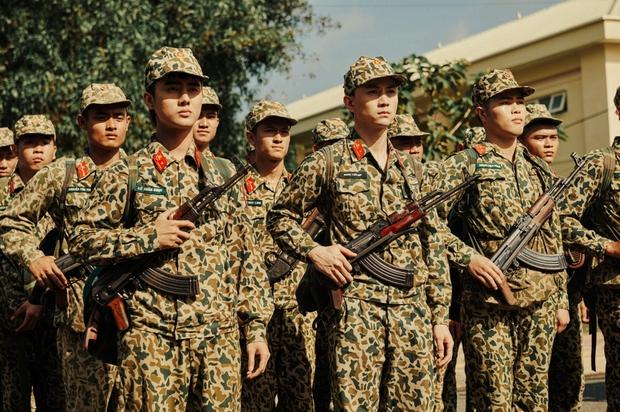Khắp nơi xôn xao hình ảnh các anh quân nhân, MV hội tụ dàn cast Sao Nhập Ngũ chính là bài hát được nhắc đến nhiều nhất - Ảnh 3.