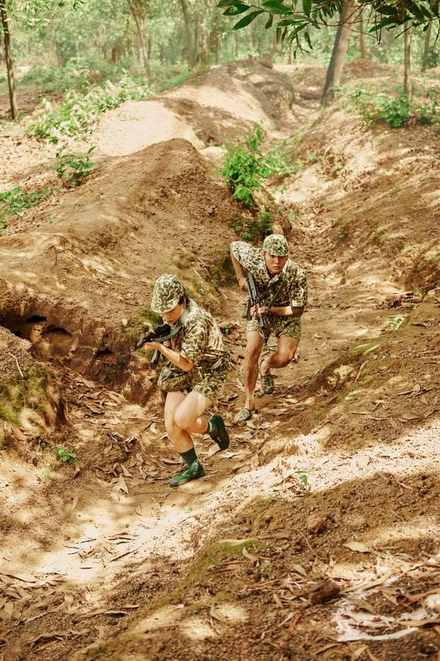Khắp nơi xôn xao hình ảnh các anh quân nhân, MV hội tụ dàn cast Sao Nhập Ngũ chính là bài hát được nhắc đến nhiều nhất - Ảnh 5.