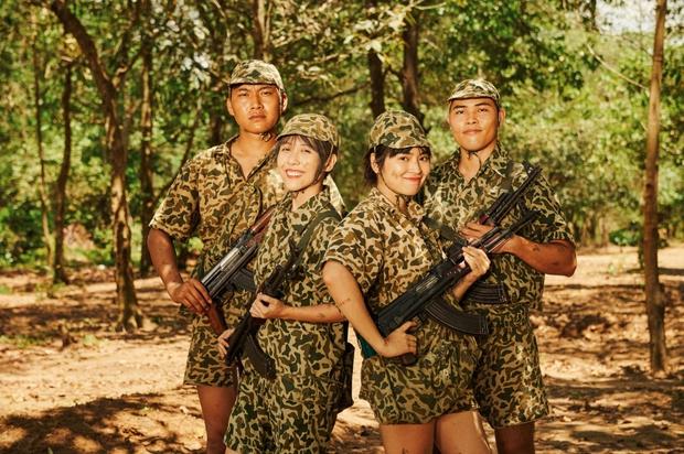 Khắp nơi xôn xao hình ảnh các anh quân nhân, MV hội tụ dàn cast Sao Nhập Ngũ chính là bài hát được nhắc đến nhiều nhất - Ảnh 10.