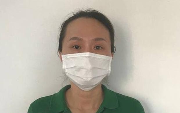 Bắt cô gái tổ chức cho nhiều người tiêm vaccine dịch vụ ở TP.HCM thu lợi 60 triệu đồng - Ảnh 1.