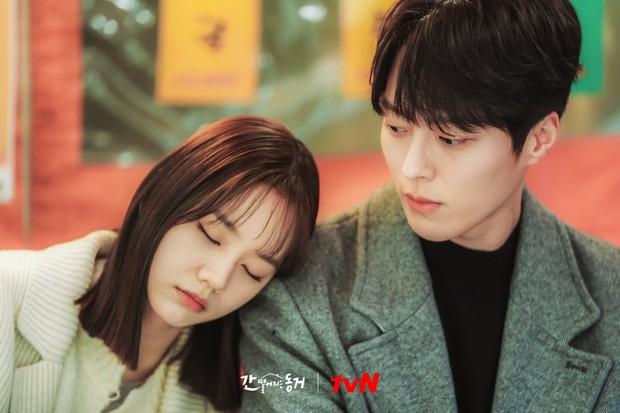 5 phim Hàn có phản ứng hóa học bùng nổ: Son Ye Jin - Hyun Bin sến chảy tim, Park Seo Joon hôn muốn cháy màn hình - Ảnh 10.