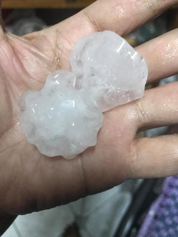 TP.HCM bất ngờ xuất hiện mưa đá kèm sấm chớp, chuyên gia lý giải hiện tượng - Ảnh 3.